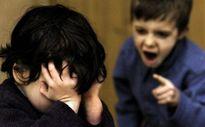 Cha mẹ làm gì khi khi con bị bạn bắt nạt?