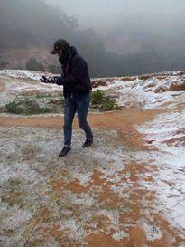 Thanh Hóa xuất hiện băng tuyết