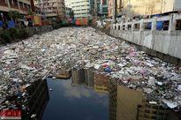 Kinh hoàng trước những dòng sông 'rác nhiều hơn nước' ở Philippines