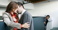Mất niềm tin hoàn toàn vào phụ nữ và hạnh phúc khi bị vợ trắng trợn phản bội