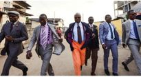 """Tín đồ thời trang ở Congo: """"Có tiền sẽ mua một đôi giày thay vì mua đất để ở"""""""