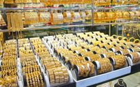 """Tuần qua, giá vàng tăng mạnh, USD """"rơi tự do"""""""
