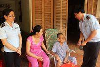 Cục Hải quan Bình Dương: Thăm hỏi các mẹ Việt Nam anh hùng nhân dịp đầu Xuân Bính Thân 2016