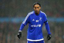 Ronaldinho khước từ Leicester City để đến chơi tại Trung Quốc