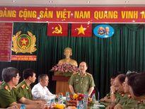 Thứ trưởng Bùi Quang Bền thăm, chúc Tết Công an huyện Nhà Bè và Bình Chánh, TP HCM