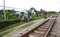 Thanh niên 19 tuổi hi sinh tính mạng cứu người trên đường ray tàu hỏa