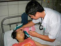 Trẻ em liên tiếp nhập viện vì ngộ độc thuốc cam