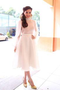 Mỹ nhân Việt đẳng cấp với phong cách 'white-on-white'