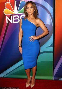 Jennifer Lopez ăn siêu sạch để giữ dáng sexy tuổi 46