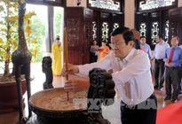 Chủ tịch nước thăm và chúc tết tại Vĩnh Long