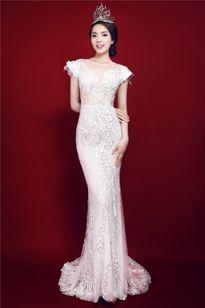 Những bộ váy không thể phủ nhận Kỳ Duyên mặc đẹp