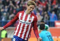 Torres ghi bàn thứ 100, Atletico san bằng cách biệt với Barca