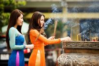 Hứa đi chùa mà không đi: Nỗi ám ảnh mang tên 'giông cả năm'