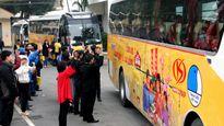 Tặng hơn 1.600 phần quà và vé xe đưa nữ công nhân về ăn Tết