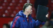 Van Gaal khẳng định vụ Man United đàm phán với Mourinho là tin đồn vô nghĩa