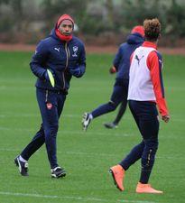 Henry nuôi mộng làm HLV tại Arsenal