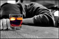 Sức khỏe của bạn: Cảnh báo ngộ độc rượu ngày tết