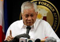 Ngoại trưởng Philippines Albert del Rosario xin nghỉ vì sức khỏe