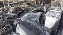 Chủ nhà đi chúc Tết, cửa hàng điện tử cháy dữ dội