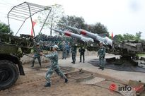 Bộ đội tên lửa Trung đoàn 284 đua tài trên miền quan họ