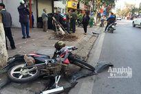 Phố Huế: Ôtô đâm xe máy, lao thẳng vào nhà dân