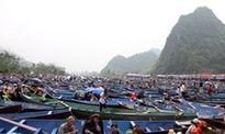Chưa khai hội, hàng vạn người đã chen chân đi lễ chùa Hương