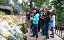 Mỗi ngày Tết, có 15 nghìn người dân đến thăm mộ Đại tướng Võ Nguyên Giáp