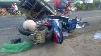 Xe máy tông xe bán hàng rong, nạn nhân nguy kịch