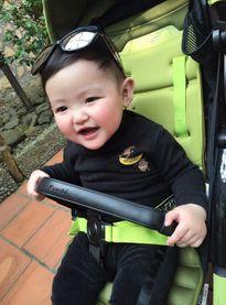 Con trai Tâm Tít ngày càng kháu khỉnh, dễ thương