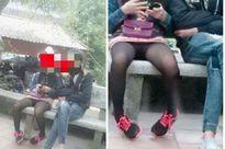 Thiếu nữ ăn mặc 'xốn mắt' đi chùa đầu năm gây phản cảm