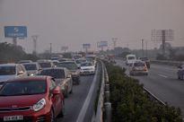 Nhiều người vạ vật vì tắc hơn 10 km trên cao tốc