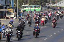 Ùn ùn đổ về Sài Gòn sau Tết