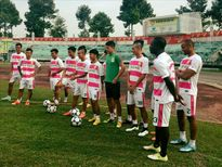 Bán 1 ngôi sao, CLB Đồng Tháp thừa tiền mua cả đội hình
