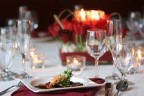 Bữa ăn đắt đỏ ở nhà hàng hạng sang dịp Valentine