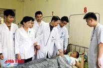 Cứu sống hai bệnh nhân bị thương nặng do trâu húc