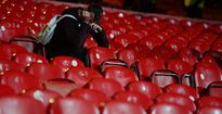 Lạ: Man United chào hàng, fan Việt tá hỏa vì quá 'khoai'