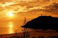 Những vùng biển nổi tiếng hơn vì cảnh đẹp khi bình minh