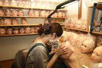 Tận mắt bên trong nhà máy sản xuất búp bê tình dục như người thật hàng đầu Nhật Bản