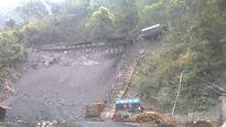 Xâm nhập công trường khai thác 'vàng đen' ở rừng Yên Tử