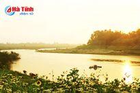 Một dòng sông xanh chảy mãi tới vô cùng...