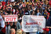 Sir Alex bất ngờ lên tiếng bảo vệ kình địch một thời Arsene Wenger