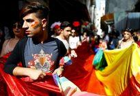 Cảnh sát Thổ Nhĩ Kỳ bắn hơi cay, giải tán người đồng tính