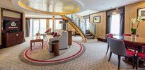 """""""Đột nhập"""" siêu du thuyền sang trọng Queen Mary II"""