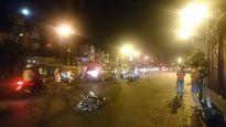 Hà Nội: Phóng nhanh như tên, xe cứu thương gây tai nạn liên hoàn