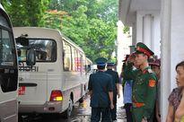 Hàng nghìn người đội mưa tiễn biệt 9 liệt sĩ CASA-212