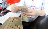 Dân Việt ngày càng giàu, ngân hàng trúng lớn