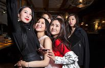 Giới trẻ siêu giàu Trung Quốc ùn ùn du học