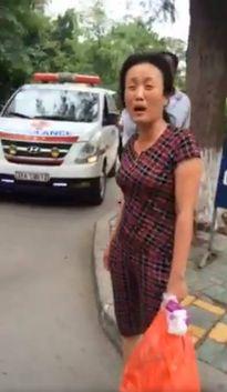 Mẹ bệnh nhi bị chặn xe: 'Chỉ mong xử đúng người, đúng tội'