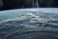 """Khoảnh khắc """"bồng lai tiên cảnh"""" trên bầu khí quyển Trái đất"""