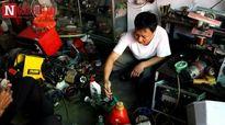 'Đã mắt' ngắm bộ sưu tập phi cơ tự chế của anh thợ điện Nam Định